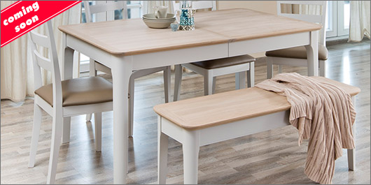 Aria Dining Collection
