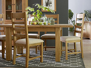 Ashbourne Oak Dining Table and 4 Chairs