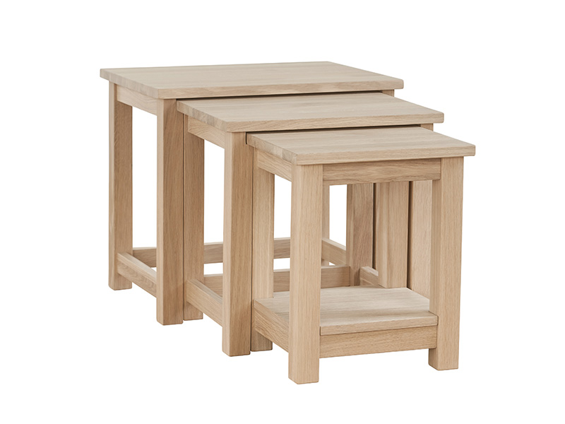 Quercia Nest of 3 Tables