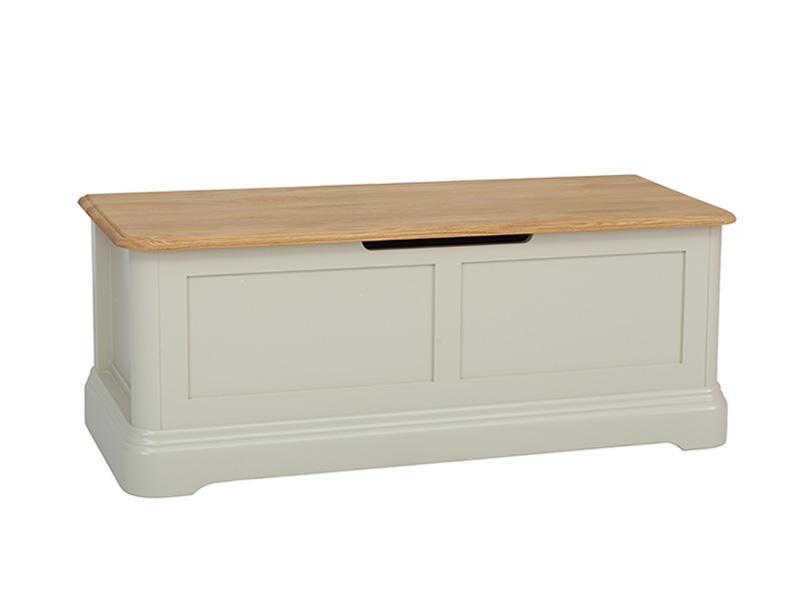 Cromwell Blanket Box