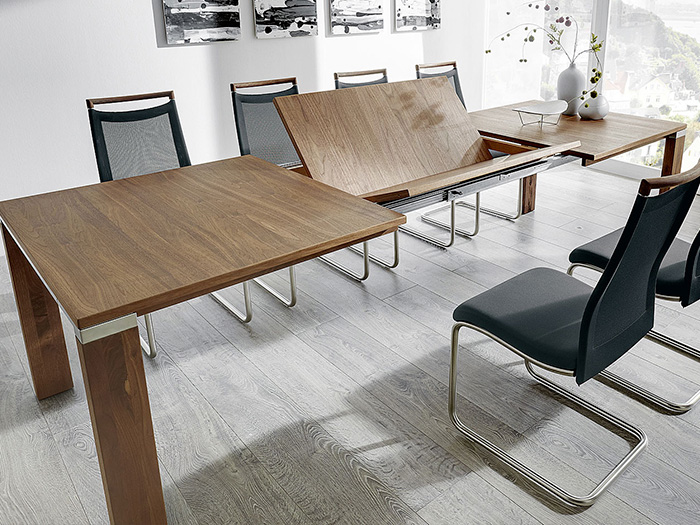 Multiflex dining table