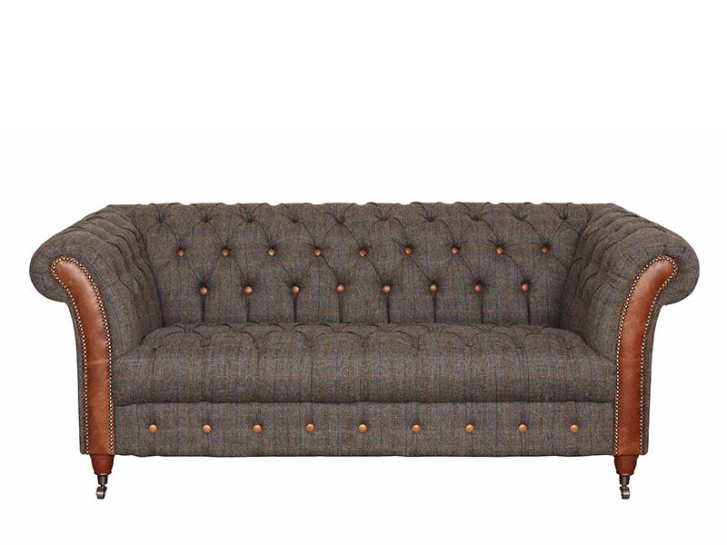 Attirant Chester Club 2 Seat Sofa